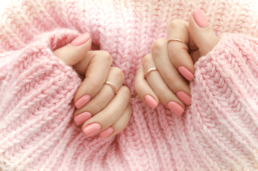 How to Choose the Perfect Nail Shapes for Chubby Fingers – Advice from a Nail Tech