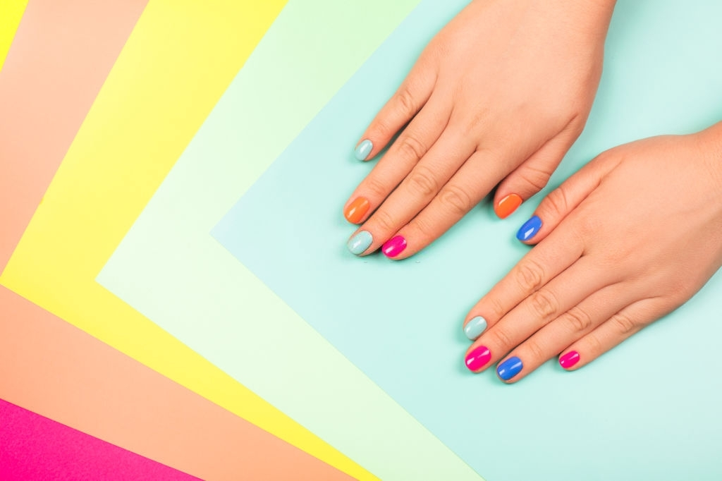 How To Make Nail Polish – Bespoke Style at Your Fingertips